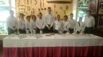 """Formación en Competencias Técnicas, Fundación Cruzcampo.""""Camarero/a de Catering"""""""